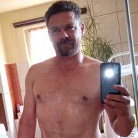 Tommy (44) - Ausdauernder Frauenliebhaber